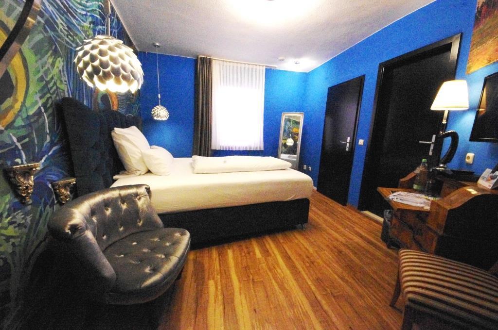 Blaues_Zimmer_40_SchwarzerBock_Ansbach_web
