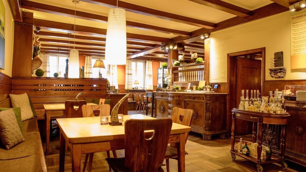 GaststubeRestaurantSchwarzerBockAnsbach_web